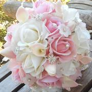 bouquet di calle e rose