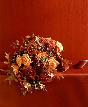 bouquet rose rosse e arancio