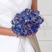 bouquet sposa con rose blu