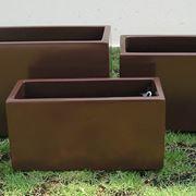 vasi e fioriere : Le fioriere in plastica
