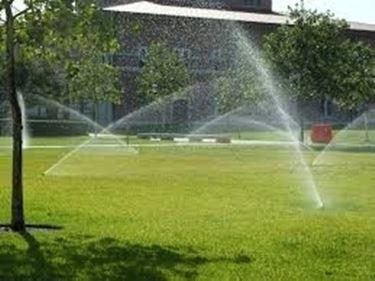 Irrigatori Statici Per Prato Impianto Irrigazione Fuori