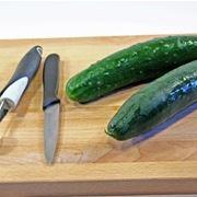 Cimatura e sostegni cetriolo