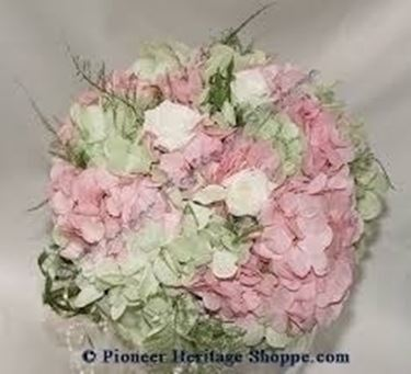 Bouquet Sposa Rose E Ortensie.Bouquet Rose E Ortensie Regalare Piante Bouquet Rose E Ortensie