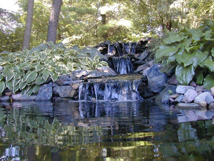 Cascate giardino d acqua cascate for Cascate in giardino