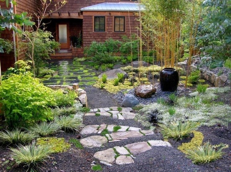Piante per giardino giapponese stunning piante giapponesi for Accessori giardino giapponese